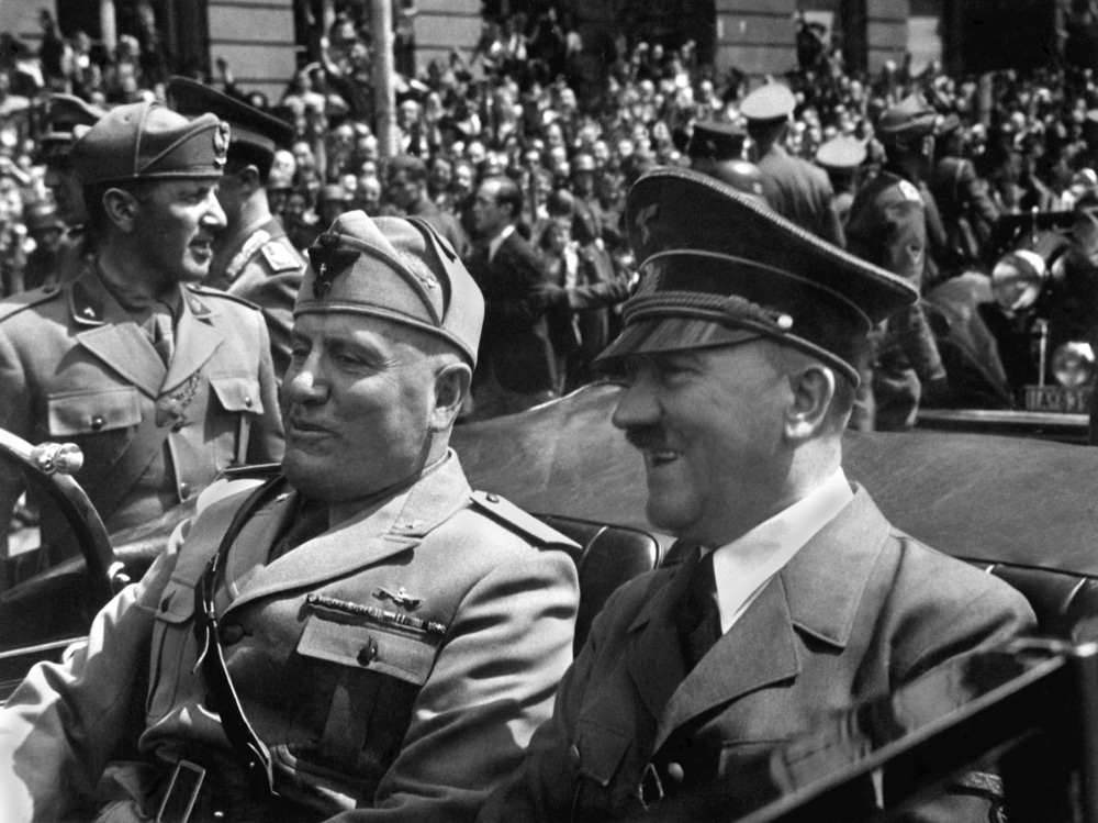 1940'ta Hitler ve Mussolini.