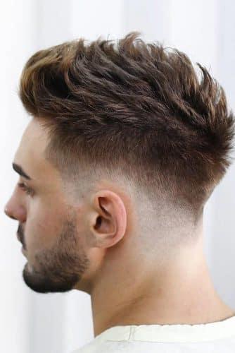 Dalgalı uzun erkek saç modelleri 2020